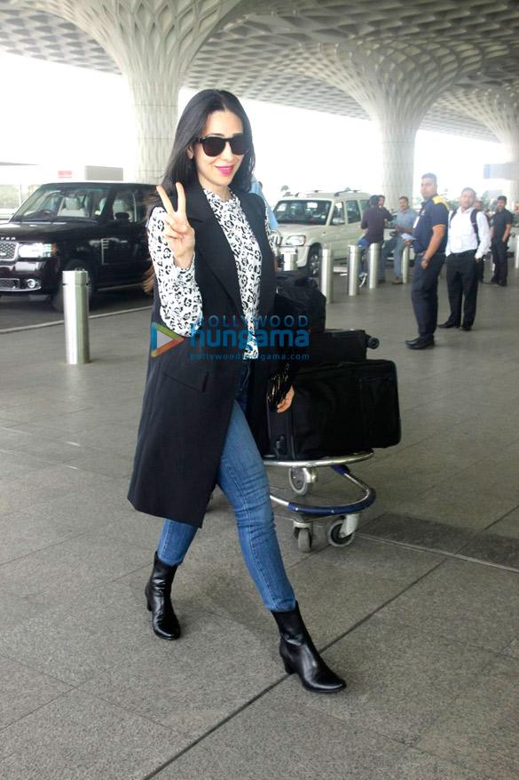 प्रीति जिंटा और करिश्मा कपूर हवाई अड्डे पर आईं नजर