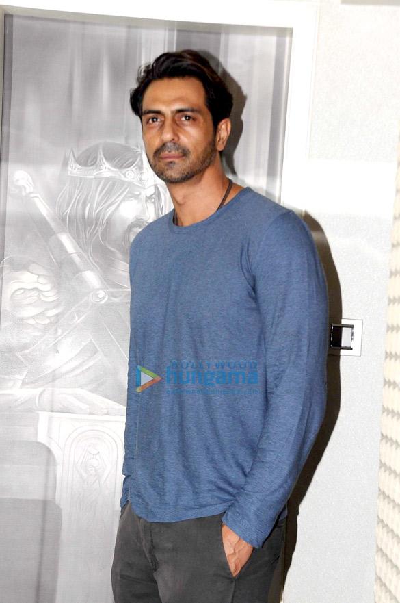 मीडिया मीट में 'आंखें 2' के कलाकारों के साथ शामिल हुए अर्जुन रामपाल