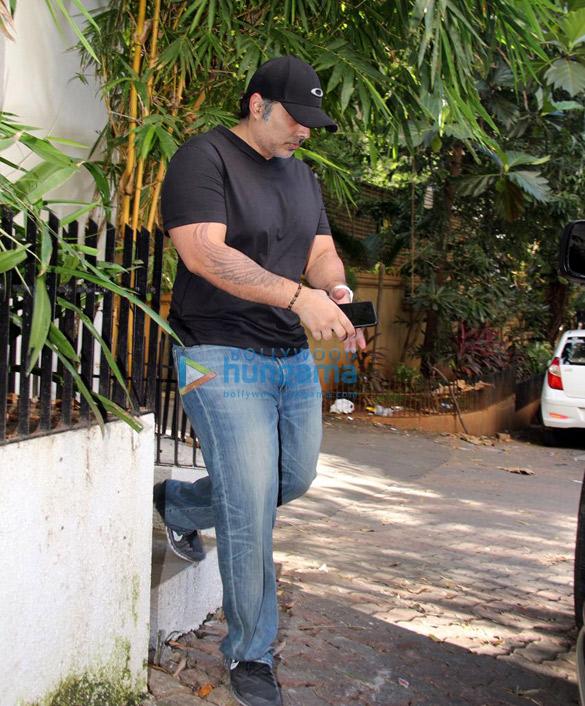 उदय चोपड़ा इमरान खान के घर पर आए नजर