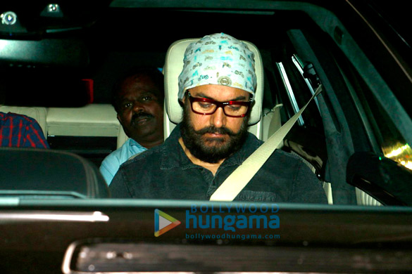 यशराज स्टूडियो में 'दंगल' की स्क्रीनिंग के बाद नजर आए आमिर खान