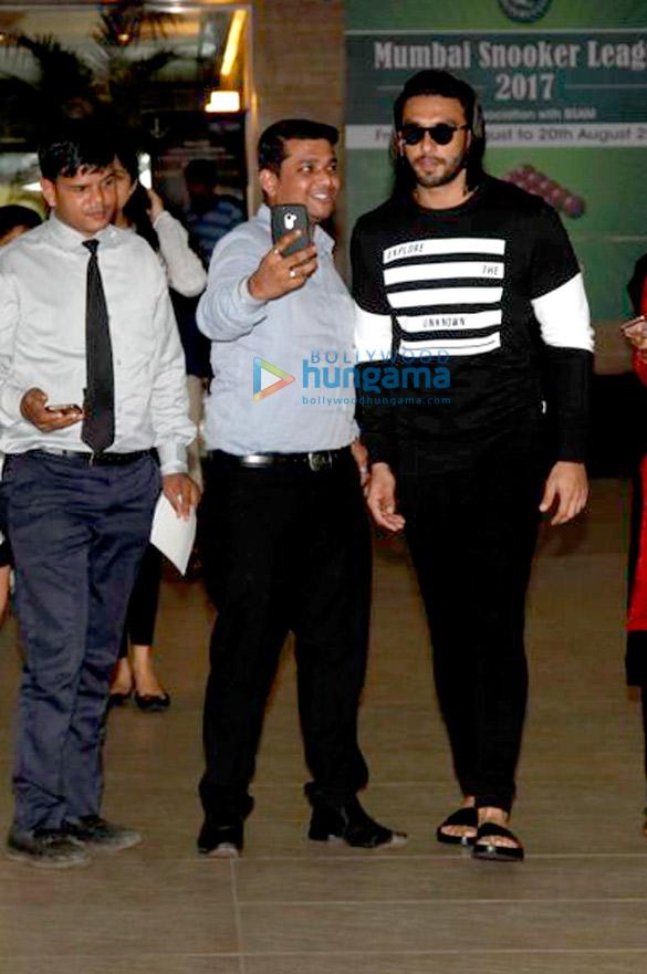 रणवीर सिंह अपने जिम सेशन के बाद आए नजर