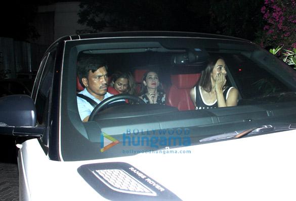 रणवीर सिंह, करीना कपूर खान और अन्य ने रितेश सिधवानी की हाउस पार्टी की शोभा बढ़ाई