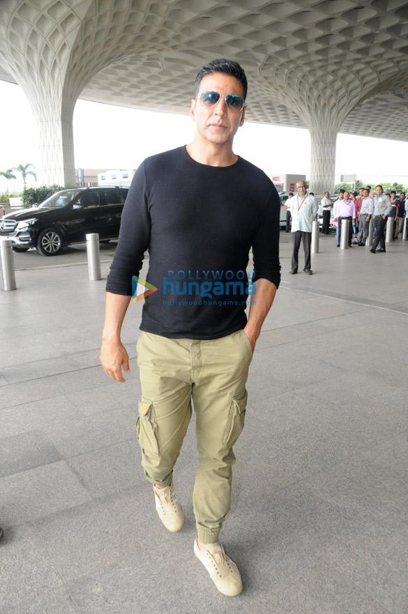 अक्षय कुमार, मंदाना करीमी और लारा दत्ता मुंबई हवाई अड्डे पर आए नजर