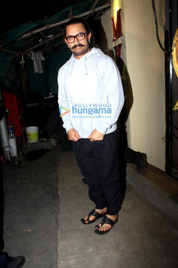 आमिर खान मायारा स्पा, जुहू में आए नजर