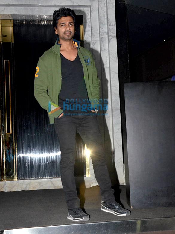 अर्थ, बांद्रा में आयोजित हुई शाहरुख खान की बर्थडे पार्टी में शामिल हुए सितारें