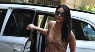 Photos: करीना कपूर खान और अमृता अरोड़ा बांद्रा में नजर आईं