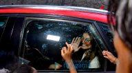 Photos: तारा सुतारिया बांद्रा में नजर आईं