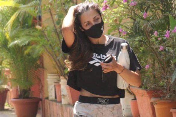 मलाइका अरोड़ा और हरलीन सेठी दिवा योगा स्टूडियो में स्पॉट हुईं