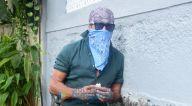 Photos: जैकी श्रॉफ बांद्रा के एक क्लिनिक में नजर आए