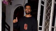 Photos: विकी कौशल बांद्रा में क्रोम स्टूडियो में नजर आए
