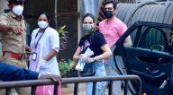 Photos: ईशा देओल अपने पति भरत तख्तानी के साथ दादर टीकाकरण केंद्र में नजर आईं