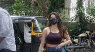 Photos: जान्हवी कपूर बांद्रा जिम में नजर आईं